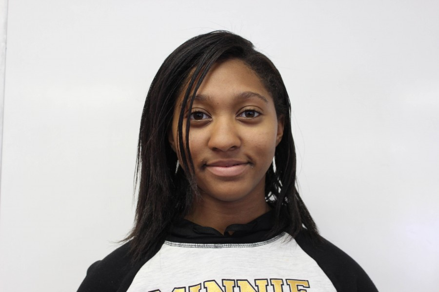 Senior Oxnard High School student and OHS The Buzz Reporter, Imani Roberts.